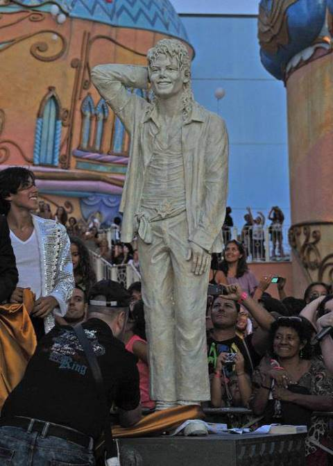 Top 10 Estatuas de Michael Jackson
